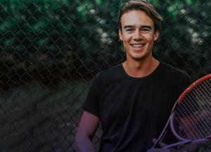 Voordelig tennissen tijdens de zomerstop
